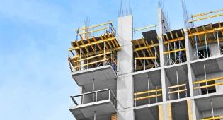 עלות תיקונים ופיצויי עוגמת נפש לבעלת הדירה. אילוסטרציה - השיפורים גרמו לליקויים – חברת הבנייה תשלם