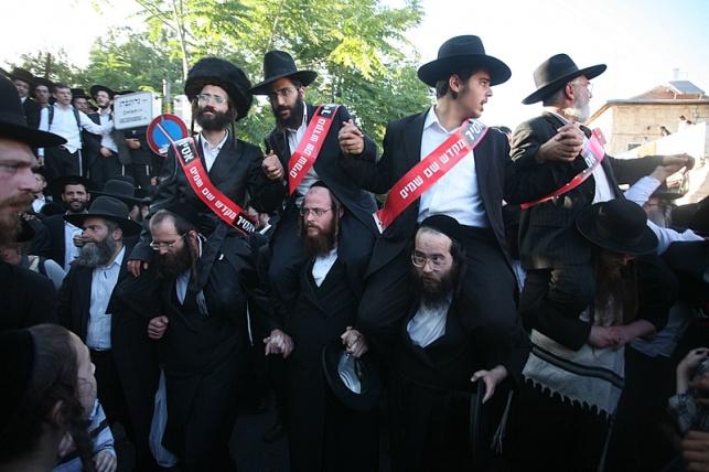 מחאת עמנואל, ארכיון