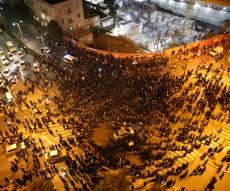 """ההפגנה, נסיונות הפינוי והמכ""""תזיות"""