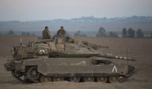 טנק בגבול עזה, ארכיון - פלסטיני שחצה את הגדר מעזה נורה ונפצע