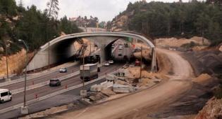 """עבודות בכביש 1, ארכיון - הלילה: עבודות תשתית בכביש ירושלים ת""""א"""