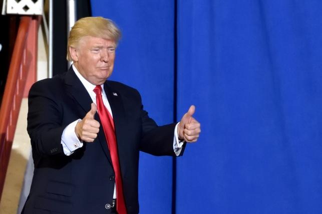 """טראמפ על הבחירות: """"שני אנשים טובים"""""""