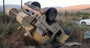 זירת התאונה - ג'יפ האמר נוסף התהפך; חיילים נפגעו קל