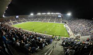 """שחקני כדורגל:  """"מאות אלפים  יחללו שבת"""""""