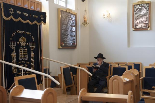"""בית הכנסת לא יפונה. אילוסטרציה. בתמונה: ביכנ""""ס בבלגיה"""
