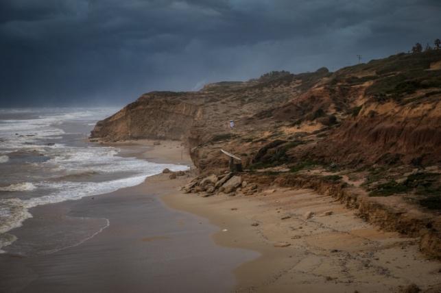 חוף השרון ליד נתניה, השבוע
