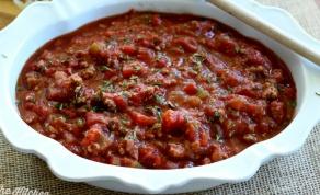 רוטב פסטה עשיר של עגבניות ובשר - ובכן, ככל הנראה זה רוטב הפסטה הכי טוב שיש