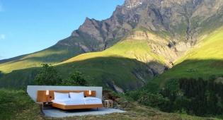 מינימליסטי. מלון נול שטרן בשווייץ - בבית המלון הזה אין חדר רחצה, גג, דלת או קירות