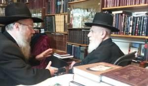 """הרב קאופמן עם הגר""""ש כהן"""