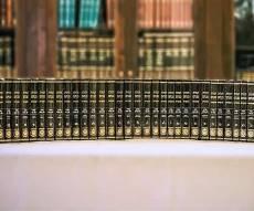 20 שנים של דברי תורה ב-60 כרכים - 280 טון נייר, 60 כרכים: הדפסת תורת הרבי מליובאוויטש