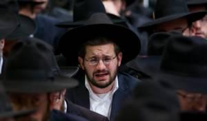 """עצרת הזיכרון בבית הכנסת בהר נוף - גלריה: עצרת לזכר הקדושים הי""""ד"""