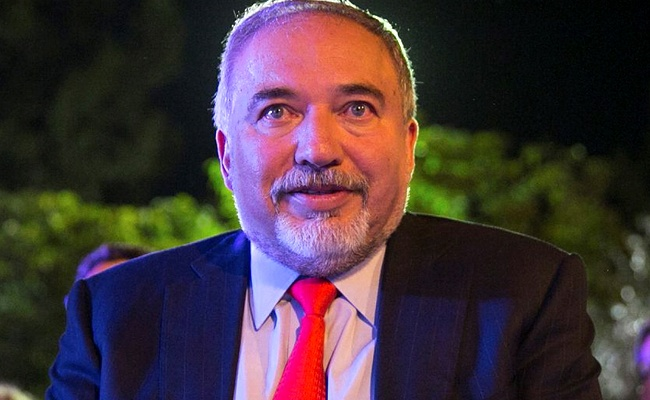 ליברמן הודיע: אגיע למרכולים הפתוחים בשבת באשדוד