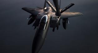 ארכיון - מהאוויר ומהים: המערב שיגר למעלה מ-100 טילים לסוריה