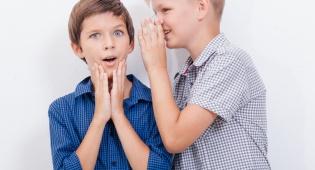 איך לגרום לילדים לספר מה עבר עליהם בלימודים?