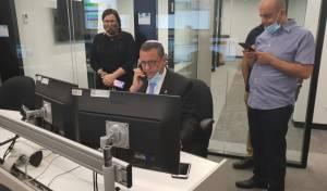 לכבוד ה-10.6: ראש העיר ענה לשיחות ל-106