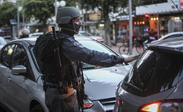 שוטר בתל אביב