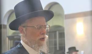ימי הרחמים: הרבי מסערט ויז'ניץ קיבל את חסידיו בביתר