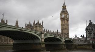 סיור בלונדון האפרורית דרך עדשת המצלמה