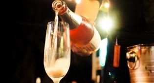 א ברוך: שבר שמפניה בשווי 42,000 דולרים