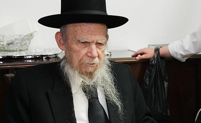 """ראש ישיבת פוניבז' הגרי""""ג אדלשטיין"""