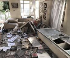 תיעוד: ההרס הרב בתוך הבית שספג רקטה