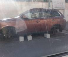 הרכב שפורק מגלגליו - תעלומה בעיר בית שמש: מי מתנכל לרכב?