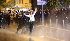 """בואש על חרדים; בג""""צ מבקר את השוטרים"""