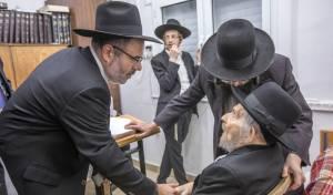 גדולי ישראל שיבחו את ראשי 'שובו' • תיעוד