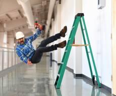 תאונת בנייה. אילוסטרציה - ישלם מכיסו לעובד שנפגע בתאונת בנייה