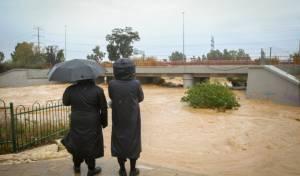 התחזית: הגשם יימשך - חשש משיטפונות