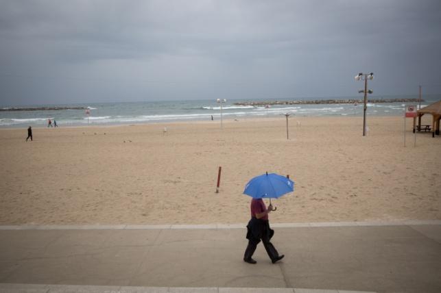 החוף ביום שישי. בינתיים התחממות קלה
