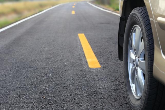 שומרים עליכם על הכביש. שומרי הדרך. אילוסטרציה