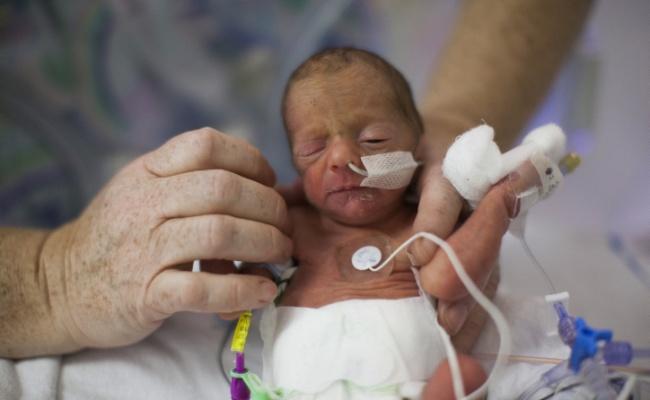 50 תינוקות ויולדות נחשפו לחצבת במעייני הישועה - וחוסנו