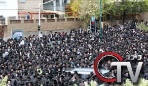 כיכרTV: רבבות נפרדו מהרב גריינמן