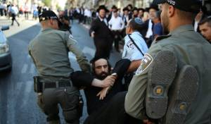 בעקבות מעצר העריק: הפגנות ועצורים בי-ם