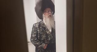 """הרבי מצאנז בבית החולים - הרבי מצאנז שהה בשבת לצד אמו בביה""""ח"""