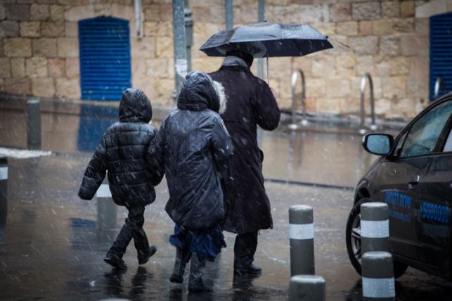 גשמים בכל חלקי הארץ, שלג יירד בחרמון