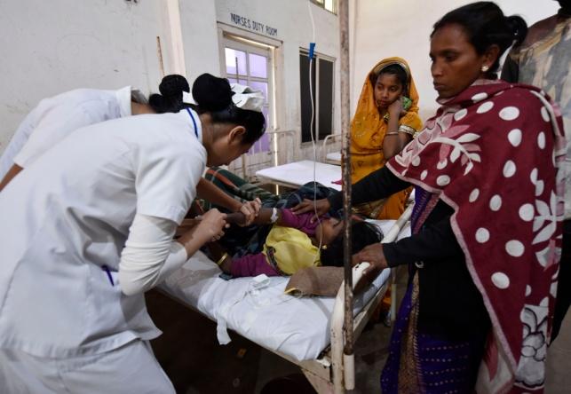 """מאות מאושפזים בהודו מ""""מחלה מסתורית"""""""