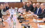 הממשלה תצביע על 'הסגר ל-3 שבועות'