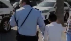 סוער: מדוע עצרו השוטרים את הילד החרדי?