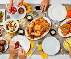 """ארוחה משפחתית: """"תוסף תזונה"""" לזוגיות"""