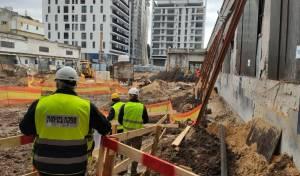 """המשטרה סגרה עשרות אתרי בנייה בת""""א"""