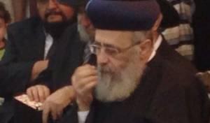 הרב יצחק יוסף, הערב