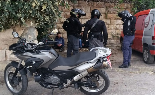 מעצר הערבים, הבוקר