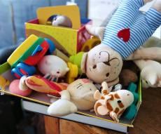 12 טריקים קטנים לגרום לילדים לאהוב לנקות