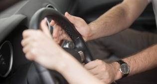 בית שמש: מורה לנהיגה נתפס נוסע מסומם