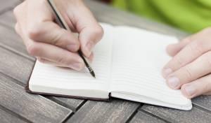 הסוד לריפוי עצמי: כתיבת יומנים