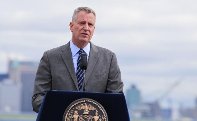 """ראש עירית ניו יורק: """"אנו לא 'רכים' עם הישיבות החרדיות"""""""