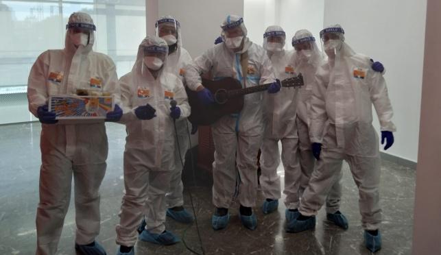 מתנדבי במחלקת קורונה