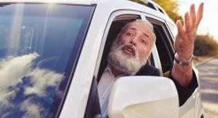 אישה אבל לפניך... - מחקרים: נשים נוהגות טוב יותר מגברים